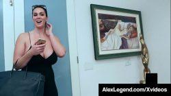 Cycata brunetka Alison Tyler spieprzona przez legendarnego grubego kutasa!